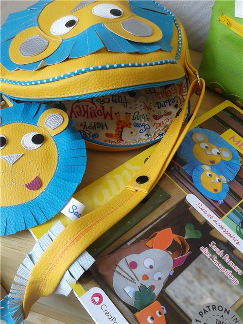 What an adorable bag!