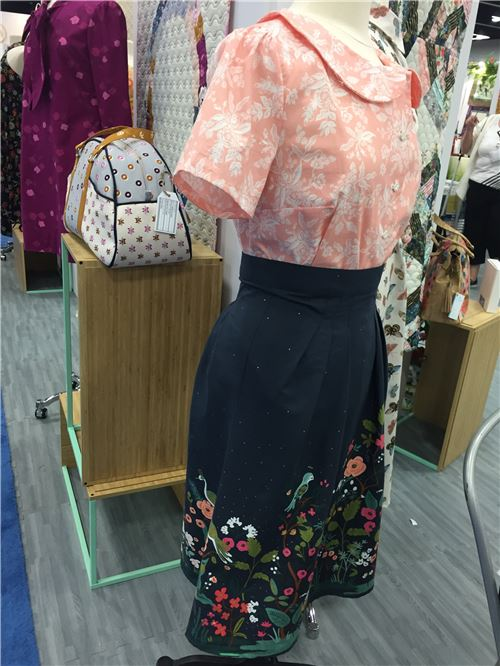 A great skirt and blouse made of Cotton + Steel fabrics